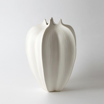 Picture of STAR FRUIT VASE - LG, WHITE