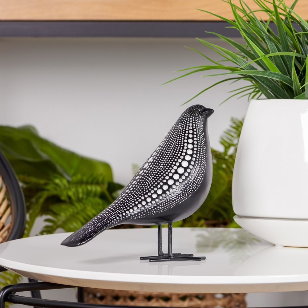Picture of DEBOSSED DOTTED STD'G BIRD,BLK